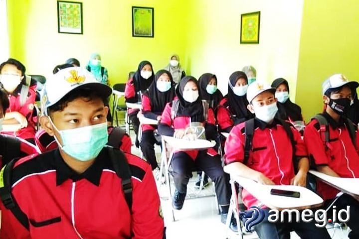 Simulasi sekolah tatap muka di Kota Batu. Ananto/ameg.id